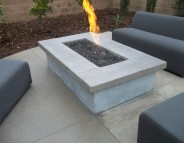 Cocktail table w/ Fire